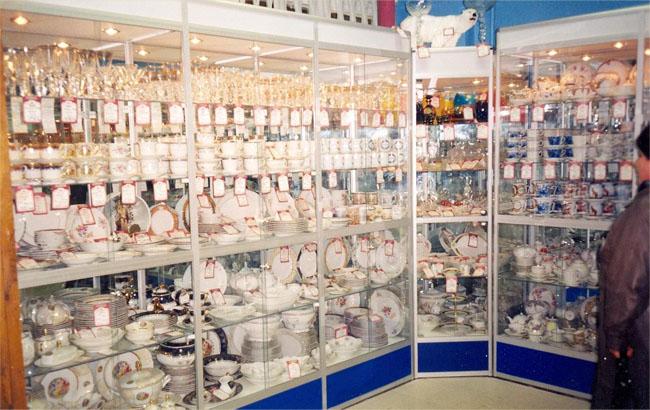Мебель для магазинов от компании гарант в санкт-петербурге.